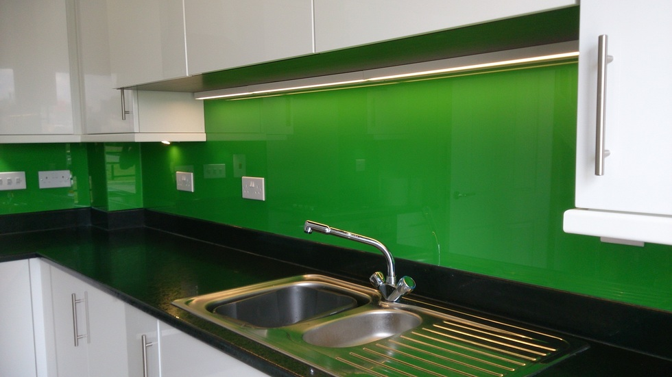 kitchen sink splashbacks funky glass splashbacks amp kitchen worktops 2900